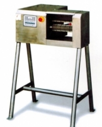 Устройство для отделения копыт КРС, максимальная производительность 500 копыт/час, D 500, Torras