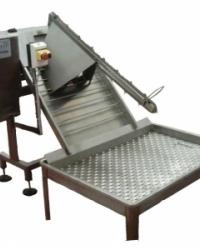 Автоматическая машина для очистки кишок, VT 600, с конвейером загрузки и бункером для отходов, Torras.