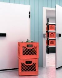 Двери распашные холодильные общего назначения РД (ОН)